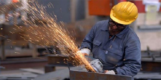 Industries manufacturières: Les prix à la production stables