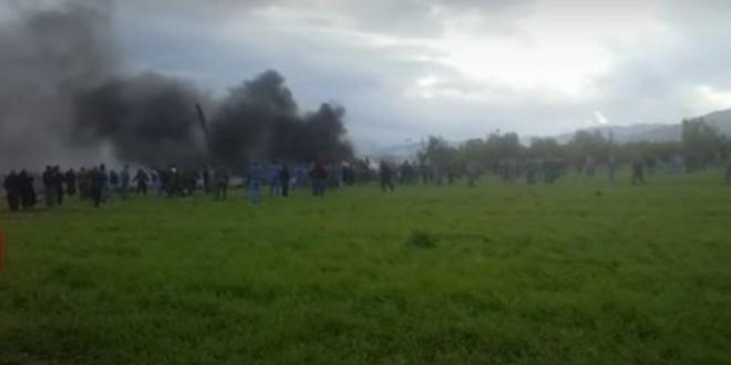Algérie : Un avion s'écrase avec une centaine de militaires