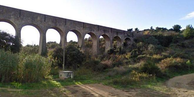 Un vieil aqueduc s'effondre en France