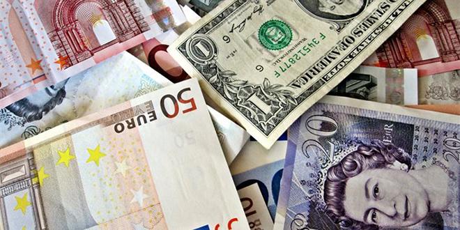Baisse des échanges de devises en juillet