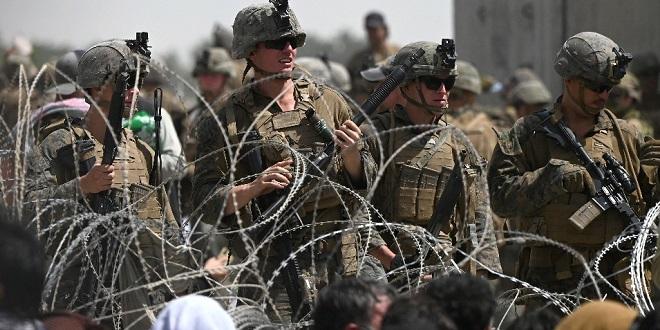 """Afghanistan: Les talibans menacent les Etats-Unis de """"conséquences"""" s'ils retardent leur départ"""