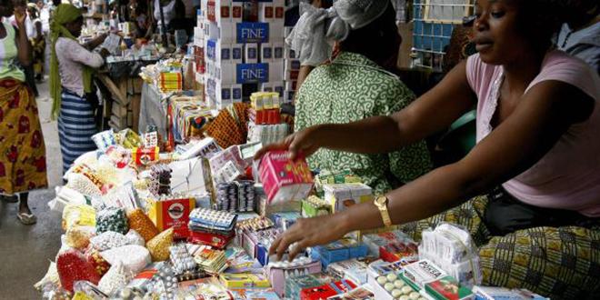 Faux médicaments: 100.000 morts en Afrique