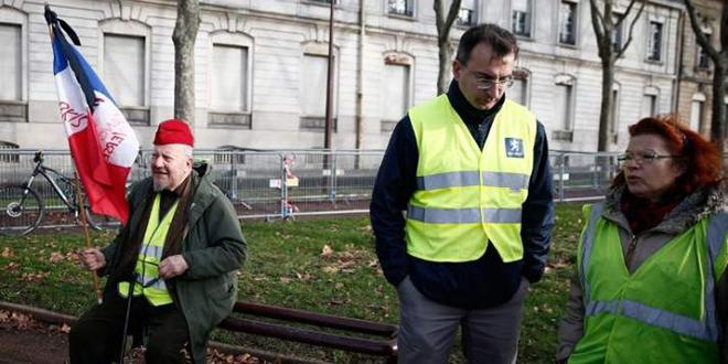 """France : les """"Gilets jaunes"""" dans la rue pour le 13ème samedi consécutif"""