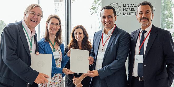 Honoris signe un MoU avec Les meetings du Prix Nobel de Lindau