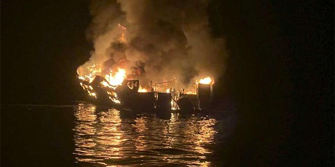 Californie: Au moins 25 morts dans l'incendie d'un bateau