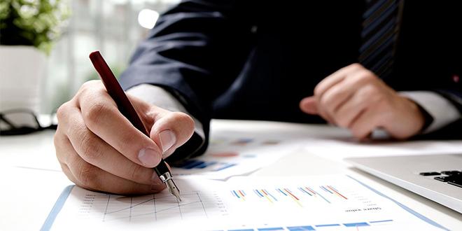 Investissement: 2/3 des entreprises changent leur plan