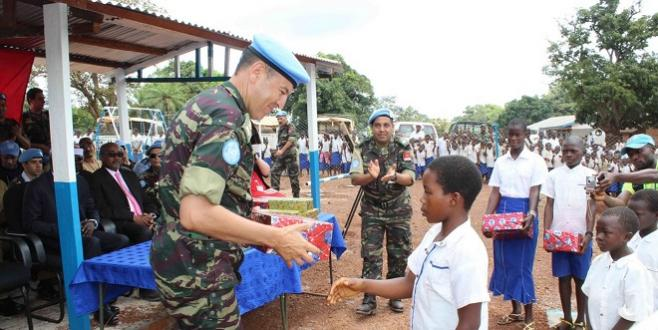 FAR : Deux officiers décorés en RDC