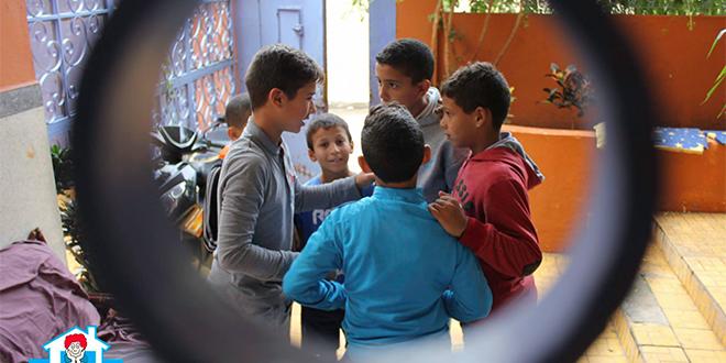 Tanger : Un centre pour enfants de rue fermé après une affaire de pédophilie