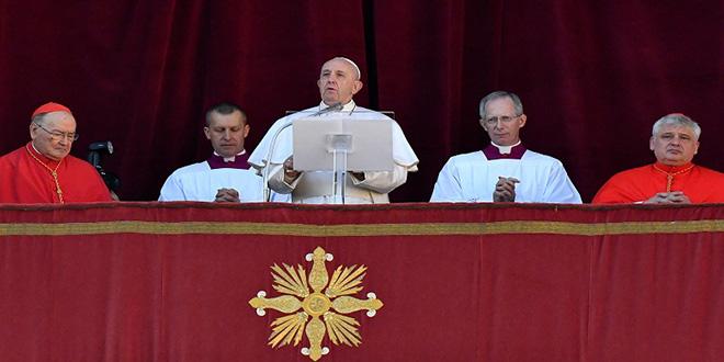 """A Noël, le pape appelle à """"garantir la sécurité"""" au Moyen-Orient"""