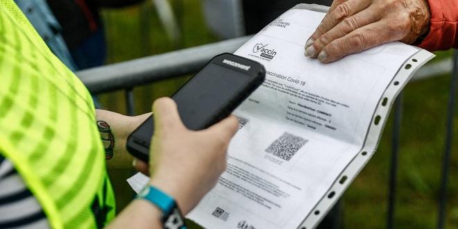 France: Des pass sanitaires frauduleux vendus en ligne