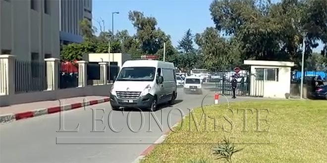 VIDEO-Zefzafi transféré au CHU Ibn Rochd