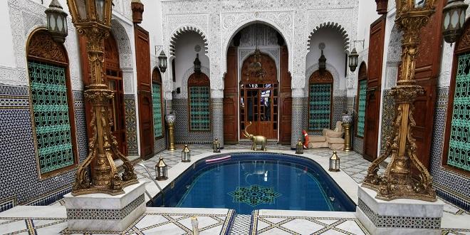 Fès: Hébergement gratuit pour les touristes bloqués