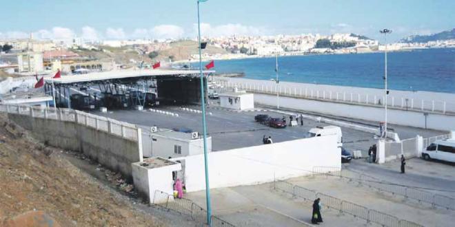 Sebta : Des marocains rentrent à la nage !