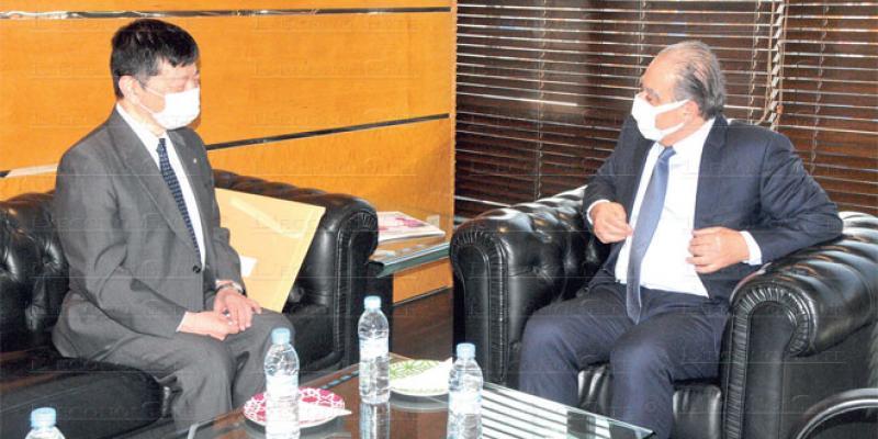 L'ambassadeur du Japon en visite à Eco-Médias