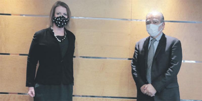 L'ambassadrice du Canada en visite à Eco-Médias
