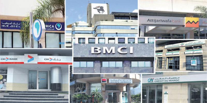 Banques: 3 fois plus d'ouvertures de postes qu'en 2019