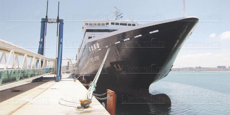 Un bateau de plus pour la traversée du Détroit