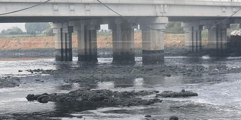 Rabat: Le lixiviat menace les eaux du Bouregreg/Reportage photos A. Bziouat