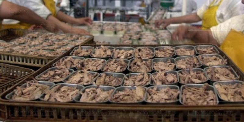 Conserve de poisson: 126.000 emplois suspendus à la pandémie