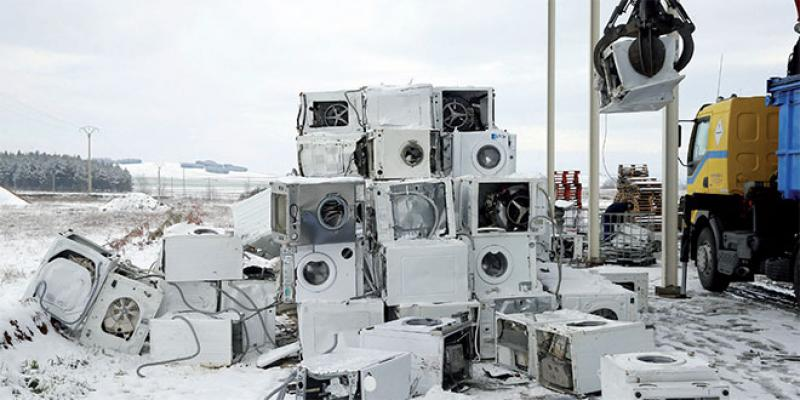 L'OMS alerte sur le tsunami de déchets électroniques