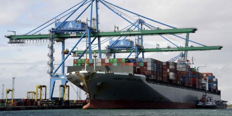 Le déficit commercial s'alourdit