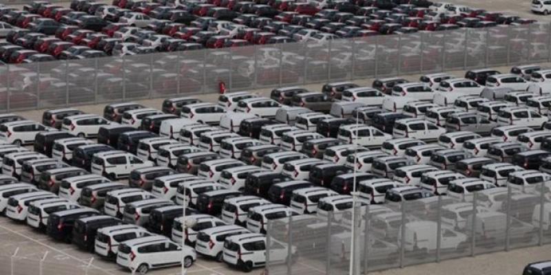 Automobile: Les ventes font du surplace en juin