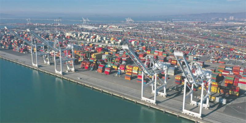 Commerce extérieur: Tous les secteurs exportateurs orientés à la hausse
