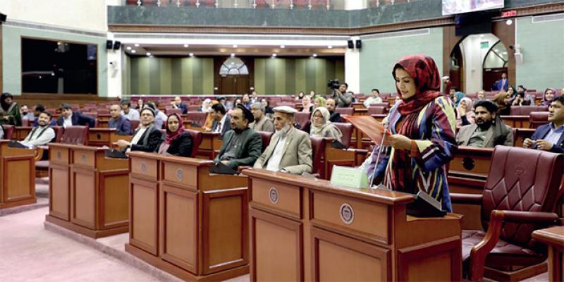 Comment les femmes afghanes ont conquis 27% du Parlement
