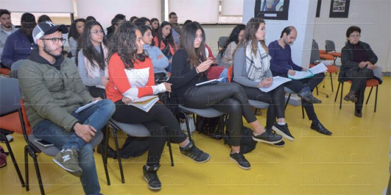 L'ESJC sensibilise les jeunes à la gouvernance d'internet