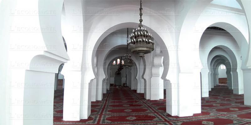 Fès: Non, les lustres d'Al Quaraouiyine ne sont pas à vendre