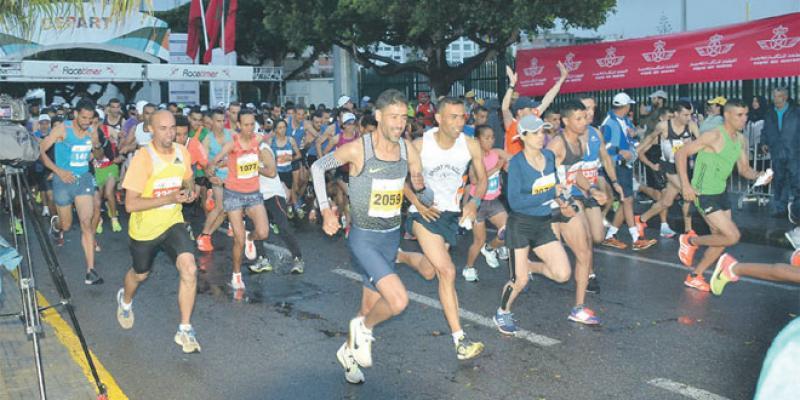 Le marathon de Casa sur la ligne de départ