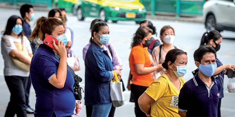 Le Premier ministre thaïlandais sanctionné pour non-port du masque!