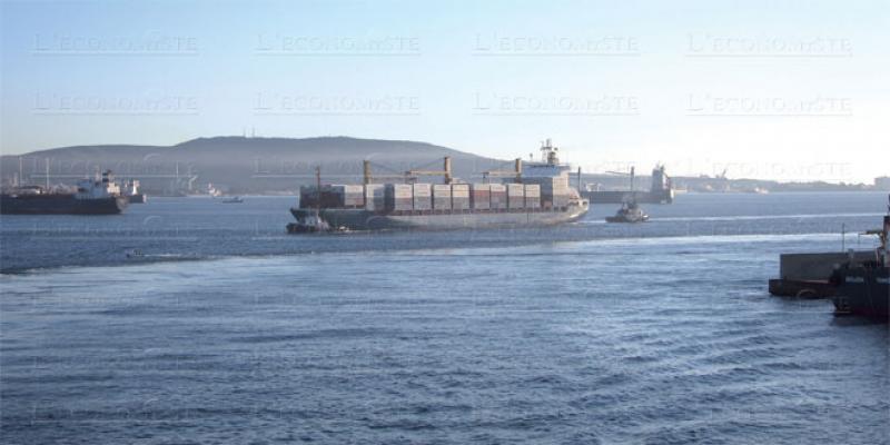 Port d'Algésiras: Les retards mènent la vie dure aux exportateurs