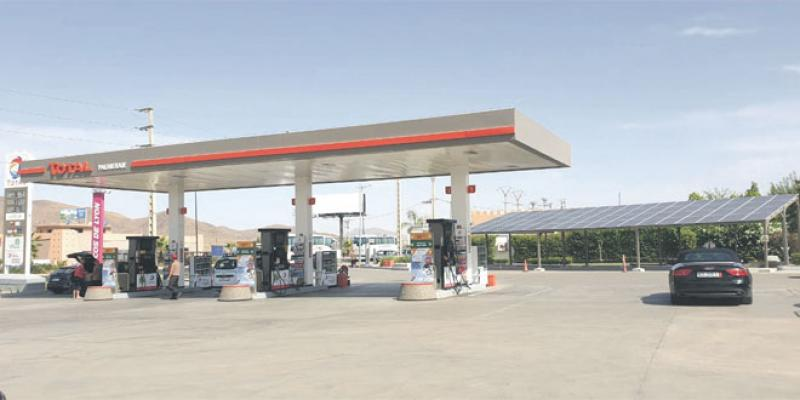 Total «solarise» ses stations-service