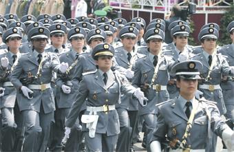gendarme_femmes_069.jpg