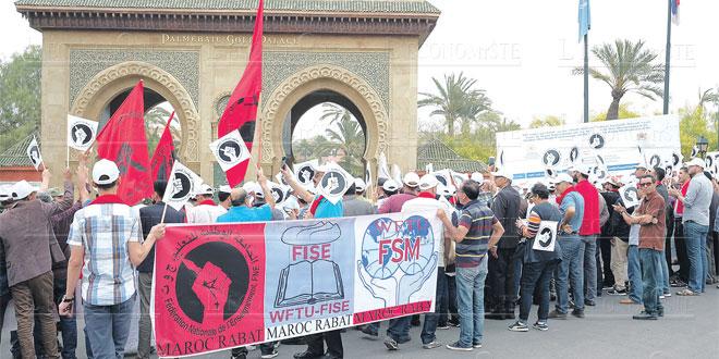 syndicats-manifs-00.jpg