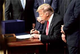 trump_signature_019.jpg