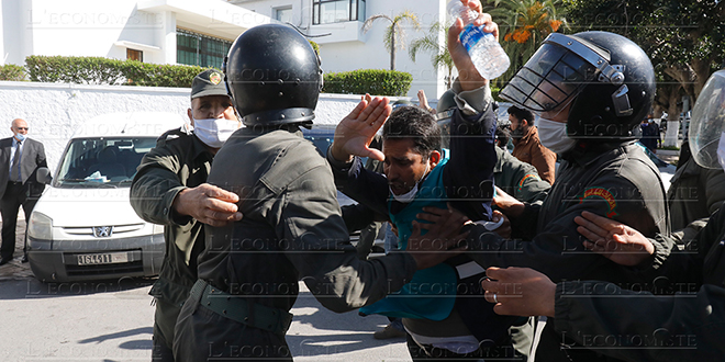 Rabat: La wilaya interdit les manifestations des enseignants contractuels